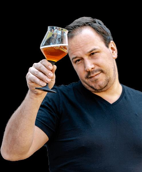 Bjoern Bier Berater mit Bier und tranparent